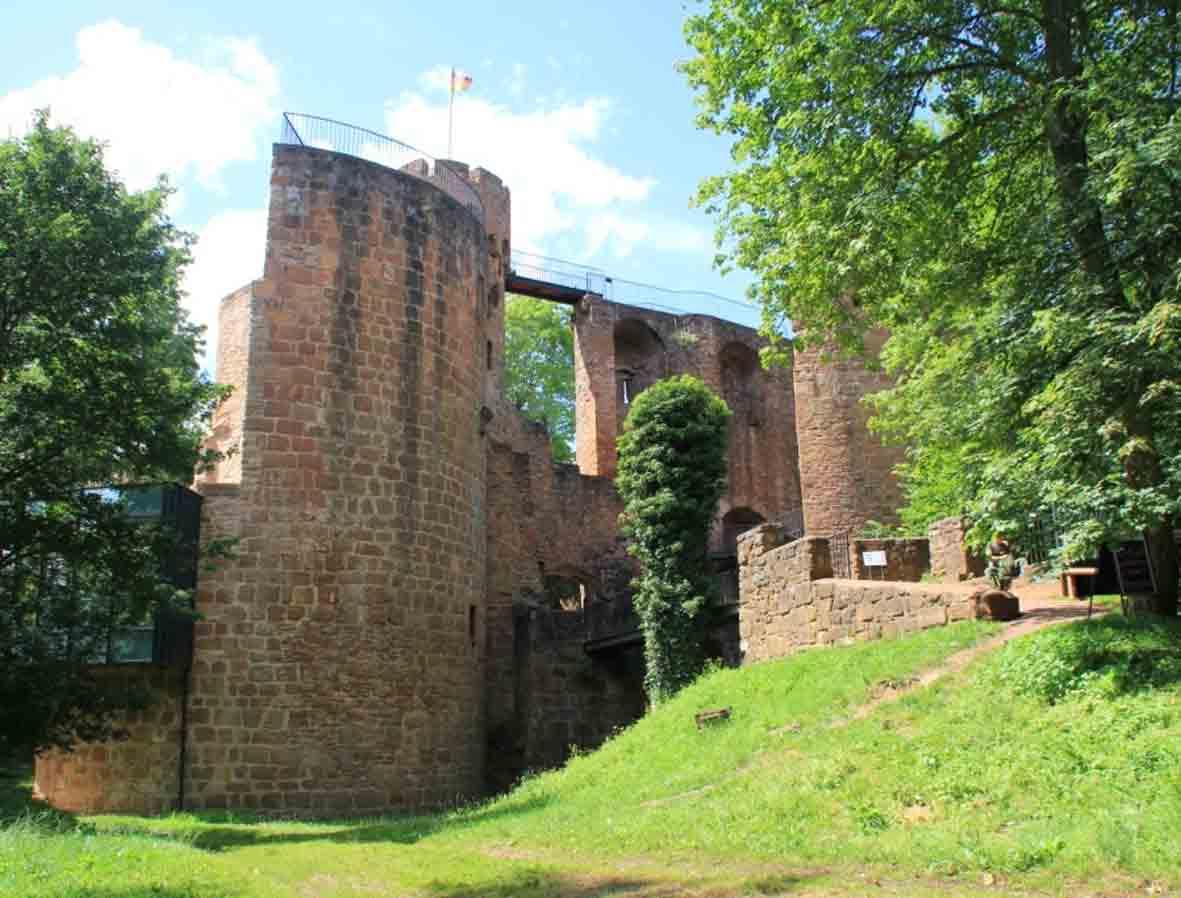 Burg-Montclair